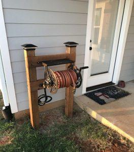 Fancy DIY Garden Hose Reel