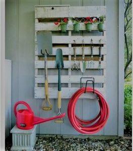 Garden Storage Pallet DIY