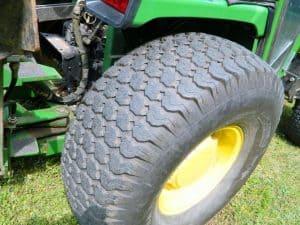 Tires of john deere 955 tractor
